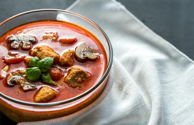 Tajskie czerwone curry z kurczaka