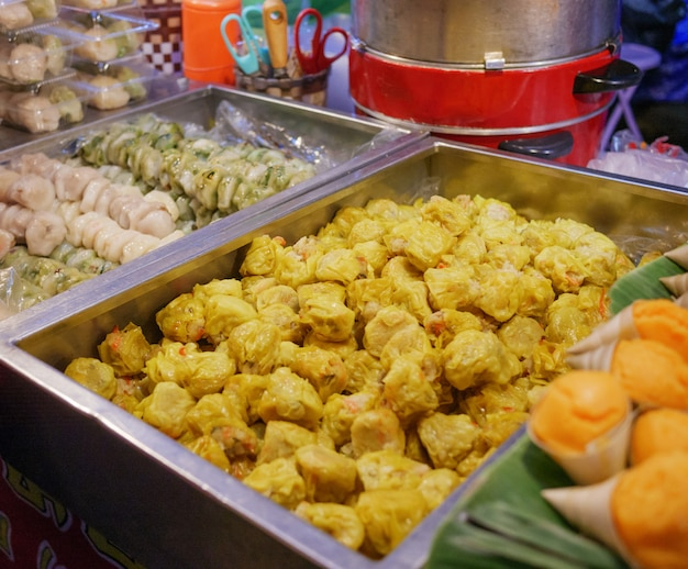 Tajskie jedzenie wegetariańskie, desery w festiwalu wegetariańskiego