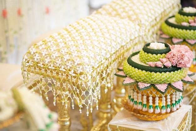 Tajskie tradycyjne dekoracje ślubne