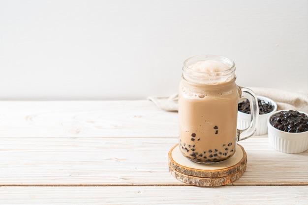 Tajwańska herbata mleczna z bąbelkami - popularny azjatycki napój