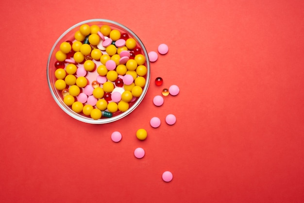Talerz tabletek opieka zdrowotna antybiotyki leki