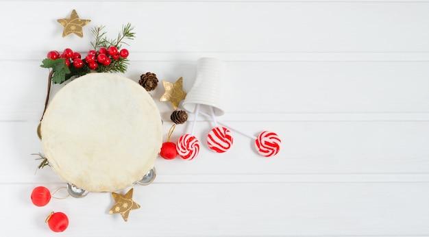 Tamburyn ze świąteczną dekoracją