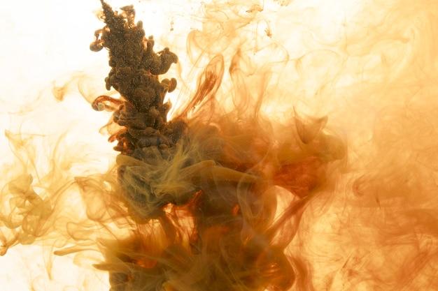 Tan pigmentu w wodzie