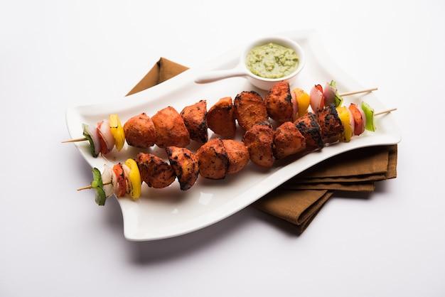 Tandoori aloo tikka czyli grillowane ziemniaki z grilla