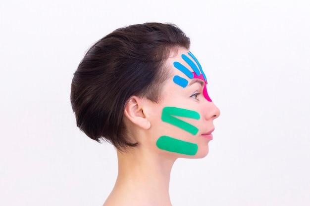 Taping twarzy
