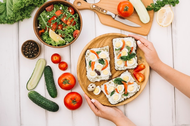 Tartiny i sałatki