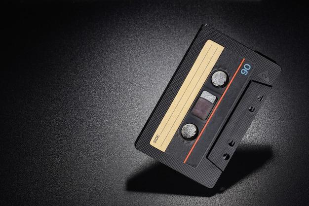 Taśma audio. stara czarna kaseta kompaktowa