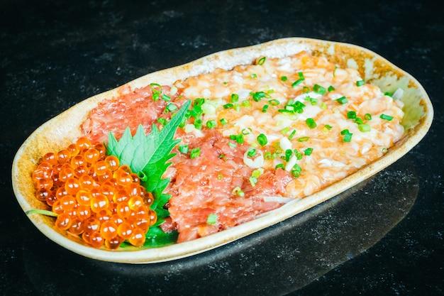 Tatar z łososia i tuńczyka