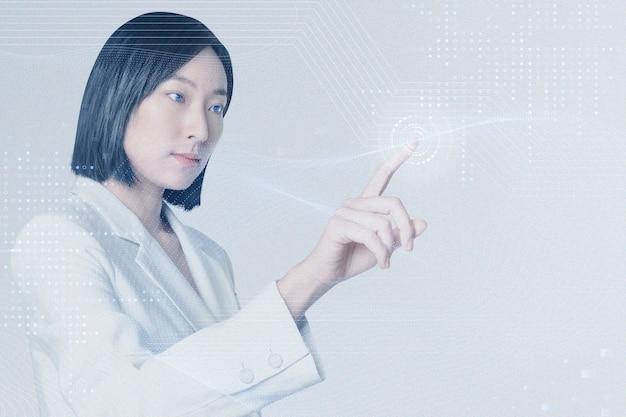 Technologia biznesowa innowacja w tle z kobietą dotykającą wirtualnego ekranu zremiksowanych mediów