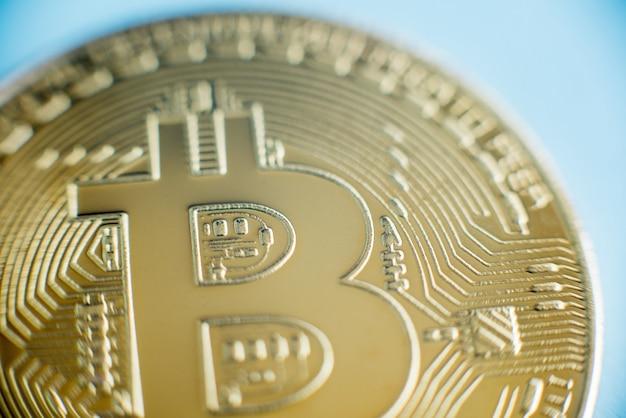 Technologia blockchain, koncepcja wydobywania bitcoinów.