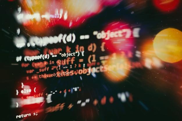 Technologia cyfrowa na wyświetlaczu. html5 w edytorze do tworzenia stron internetowych. strona internetowa kod html na laptopie wyświetlacz zbliżenie zdjęcie.