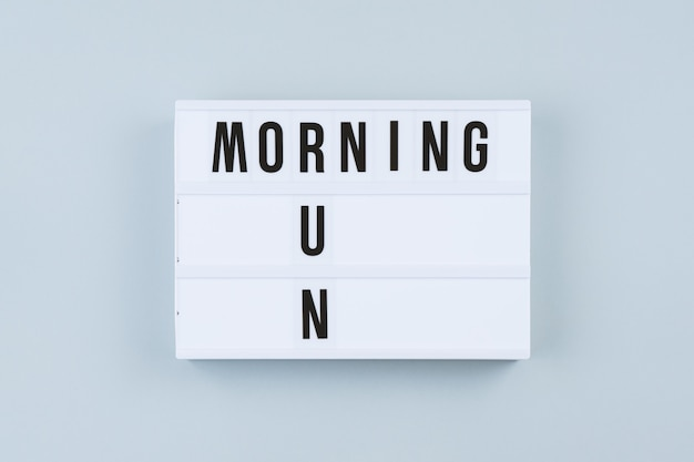 Tekst motywacji na light box rano uruchomić