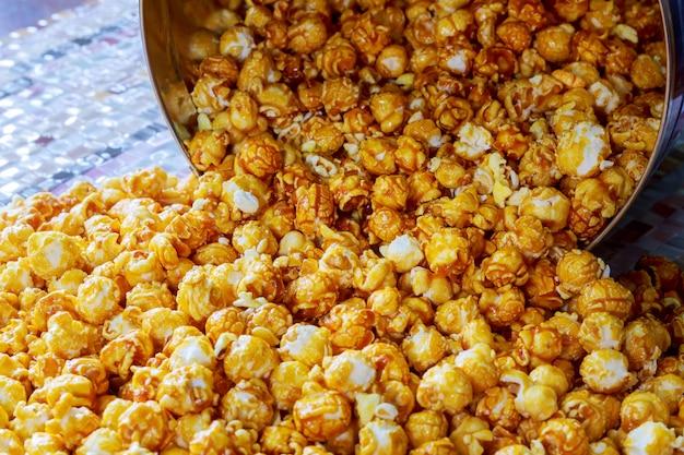 Tekstura popcornu. popcorn przekąski jak.