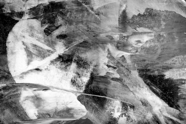 Teksturowane czarno-białe pociągnięcia pędzla