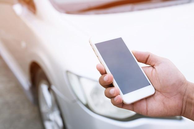 Telefon i samochód