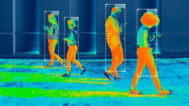 Temperatura ciała podczas pandemii koronawirusa na obrazie termicznym