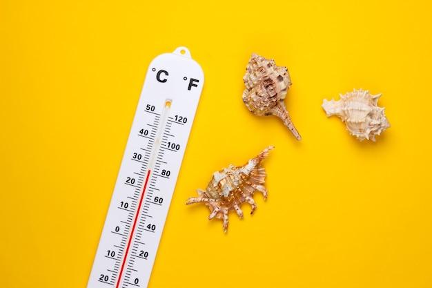 Termometr pogodowy z muszelkami na żółto