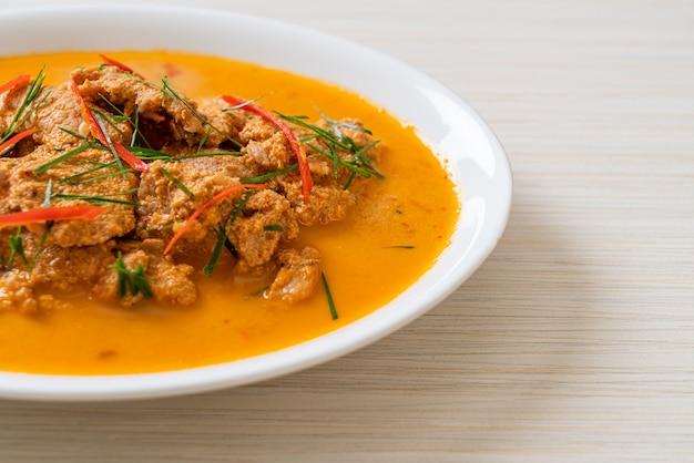 Thai meal kit curry panang z wieprzowiną - po tajsku
