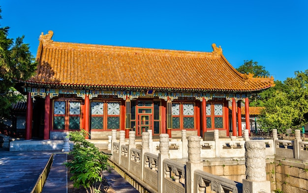 The hall of finest jade w summer palace w pekinie - chiny