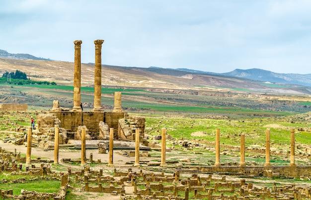 Timgad, ruiny miasta rzymsko-berberyjskiego,