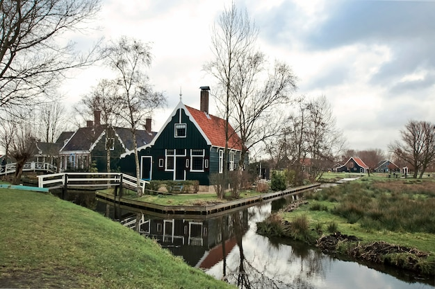 Tipical dutch village zaanstad. holandia, europa