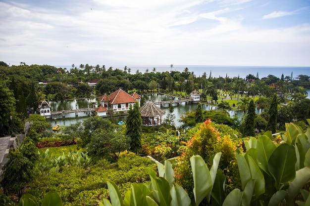 Tirta gangga wodny pałac przy bali, indonezja