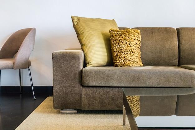 Tkaniny kanapa z dwoma poduszkami