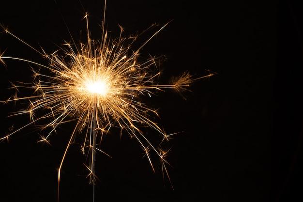 Tło brylant. boże narodzenie i nowy rok brylant tło wakacje