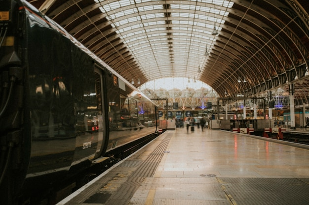 Tło dworca kolejowego w londynie