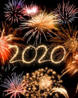 Tło fajerwerki nowy rok 2020