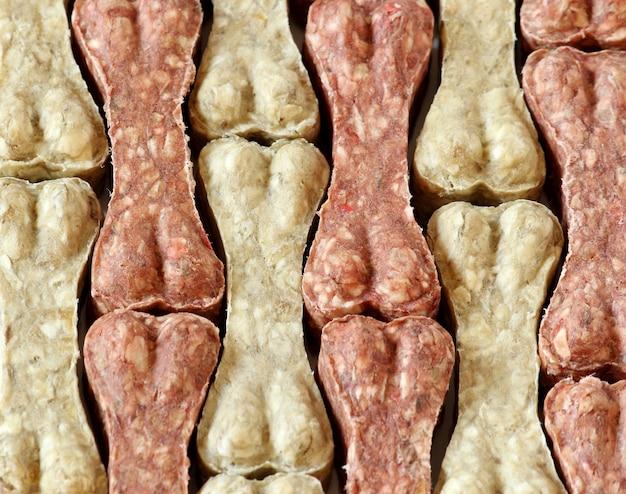Tło jedzenie kości psa