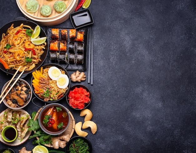 Tło kuchni azjatyckiej i kuchni tajskiej