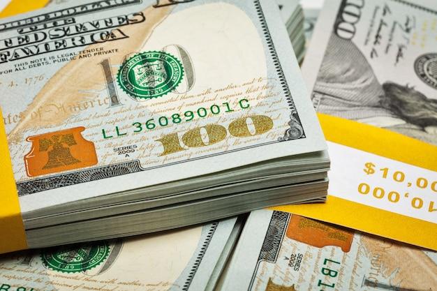 Tło nowych banknotów 100 dolarów amerykańskich 2013