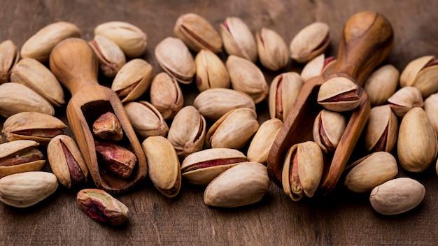 Tło prażone orzechy pistacjowe