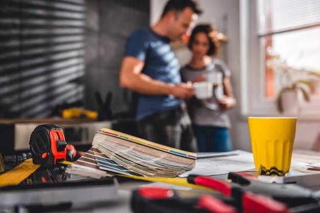 Tło remont domu