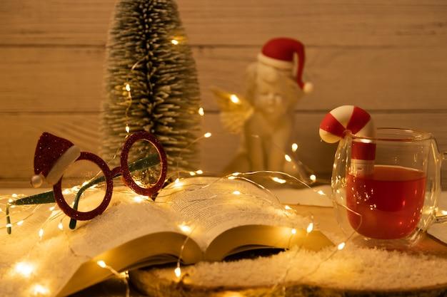 Tło z motywami świątecznymi