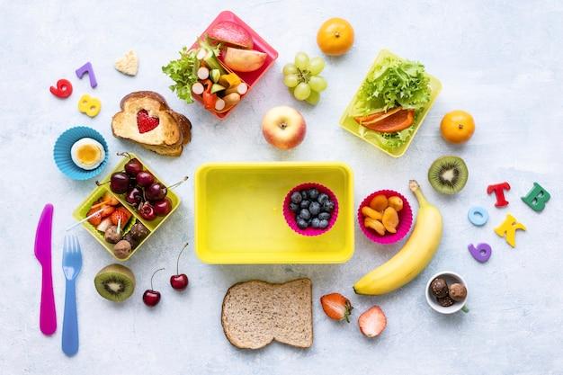 Tło zdrowej żywności dla dzieci, przygotowanie lunchboxa