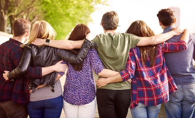 Tłum najlepszych przyjaciół