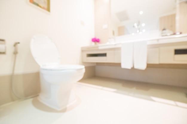 Toaleta wydają od dołu