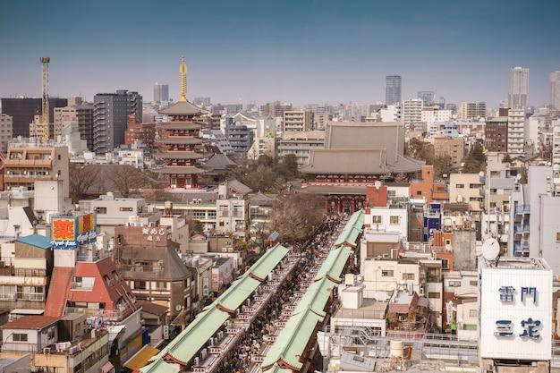Tokio, japonia - 20 lutego 2019: senso-ji temple, słynnej świątyni w tokio, japonia.
