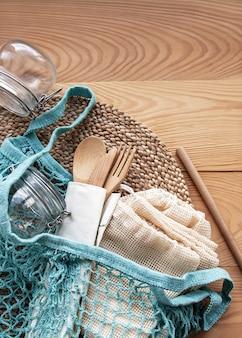Torba siatkowa, torby bawełniane i szklane słoiki
