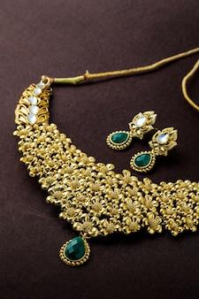 Tradycyjna biżuteria indyjska