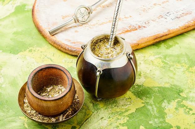 Tradycyjna herbata yerba mate