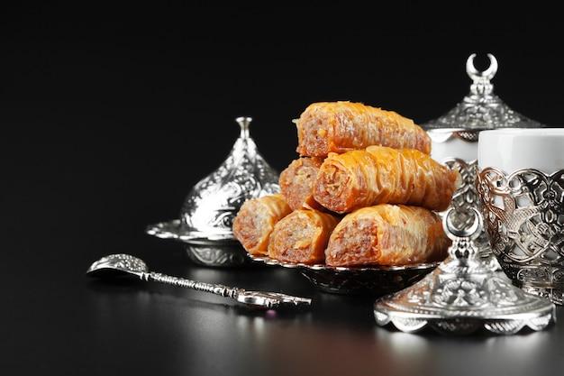 Tradycyjna kawa po turecku i turecka rozkosz