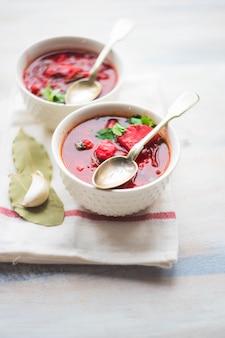 Tradycyjna ukraińska zupa buraczana