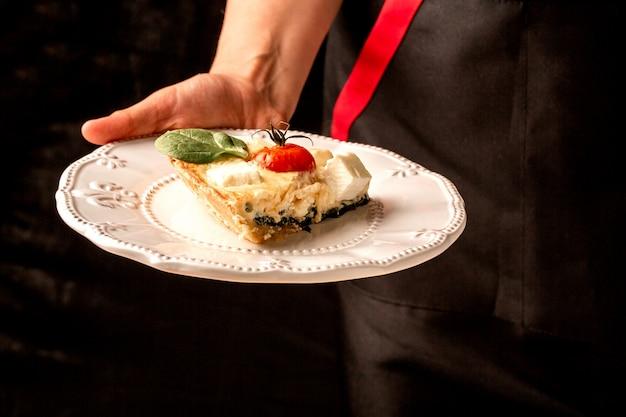 Tradycyjne greckie ciasto ze szpinakiem