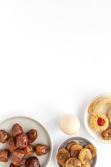 Tradycyjne typowe domowe jedzenie ramadan