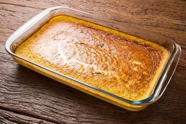 Tradycyjny brazylijski deser o nazwie ambrosia