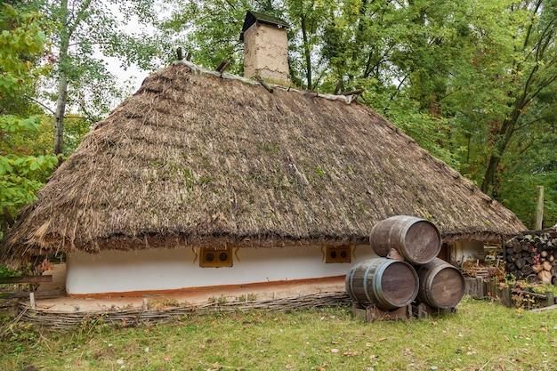 Tradycyjny dom rybaka, stary dom rybaka w mamaevo sloboda