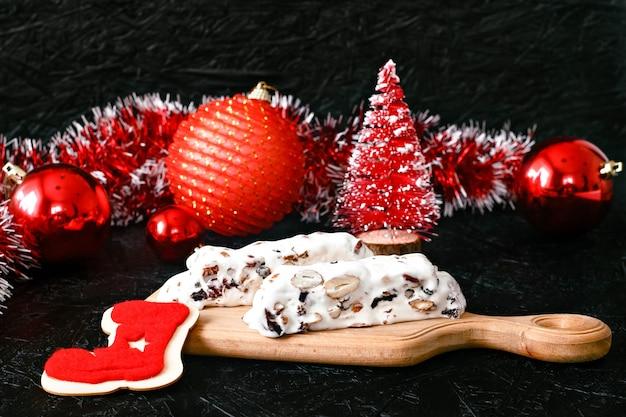 Tradycyjny hiszpański świąteczny słodki nugat